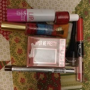 Make up bundle 3